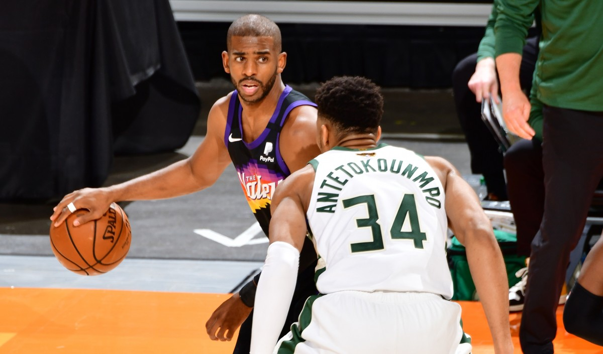 """Chris Paul Takes A Harsh Shot At Giannis Antetokounmpo- """"Everybody Is Anticipating Him To Miss."""""""