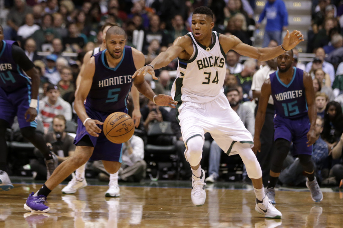 """Giannis Antetokounmpo Didn't Like Comparison With Nicolas Batum When He Was Young: """"If I Become Nic Batum, I'm Going Back to Greece"""""""