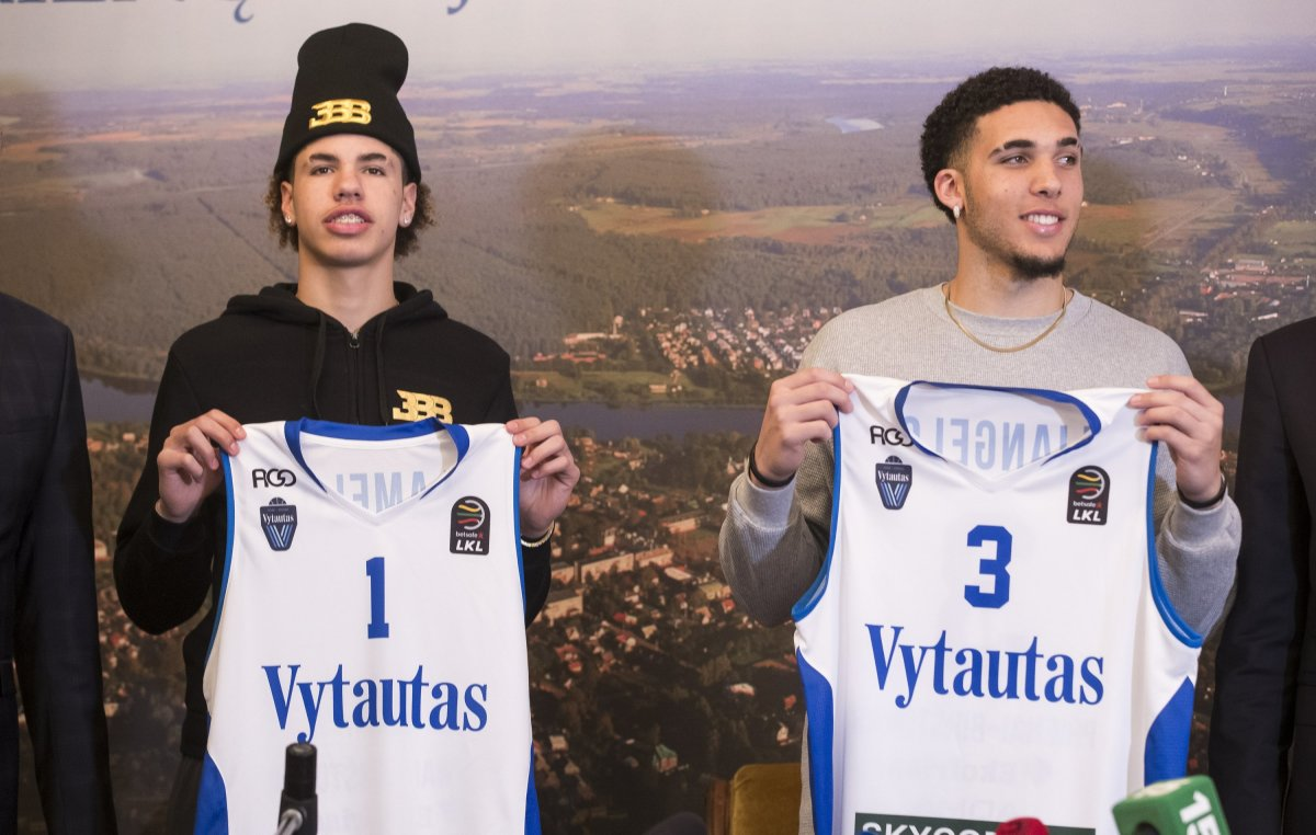 Ball Bros Reunion- LiAngelo And LaMelo Expected To Team Up In Charlotte