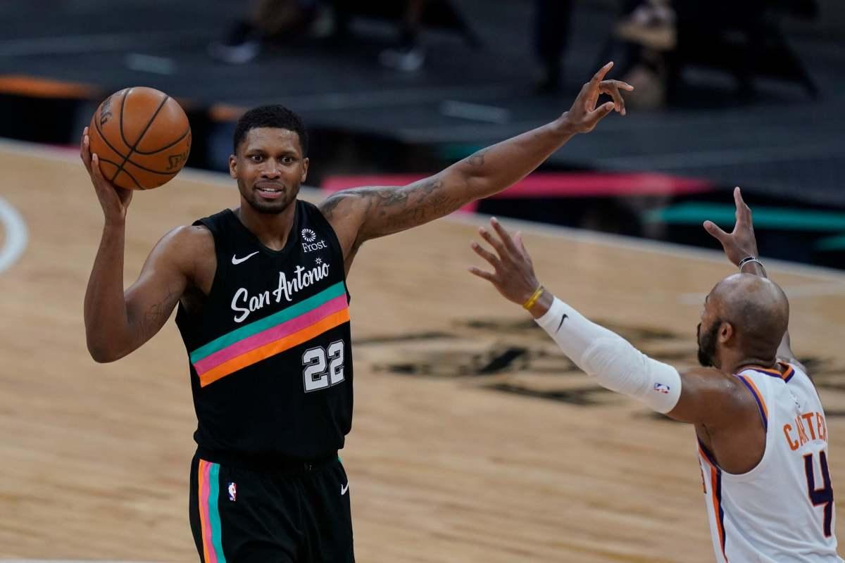 Suns_Spurs_Basketball_00028-61073b947debc-scaled