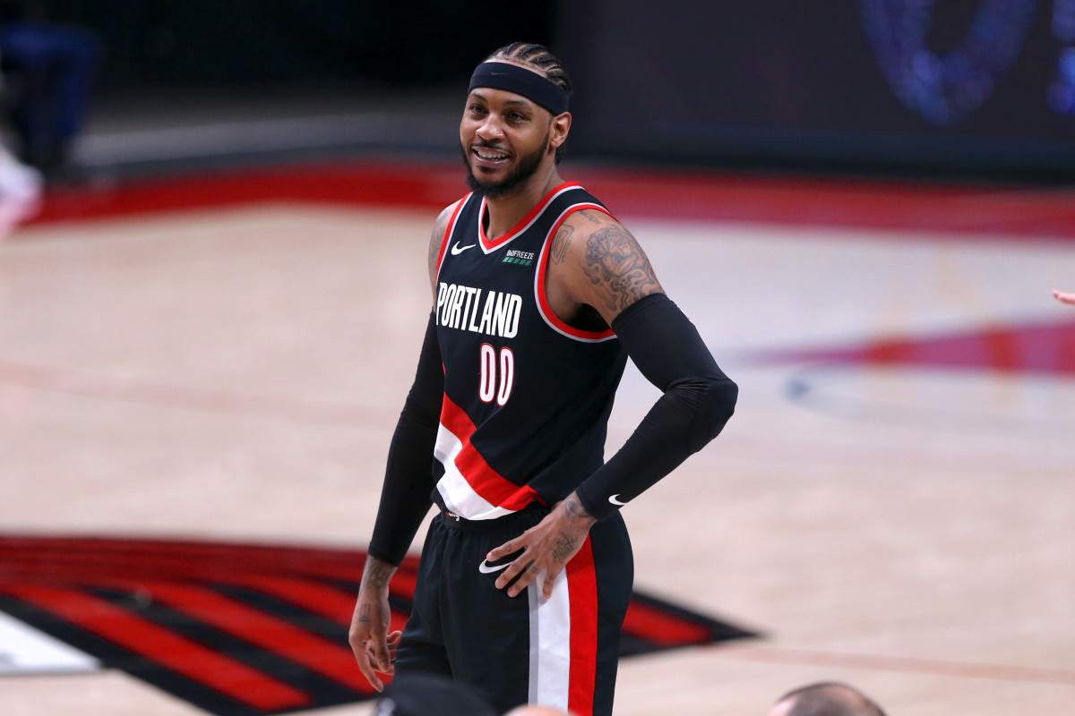 """Carmelo Anthony On """"Old-Age"""" Lakers- """"We Don't Care."""""""