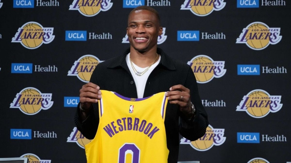 """Russell Westbrook Reacts To Throwing The First Pitch For LA Dodgers: """"Another Dream Became True"""""""