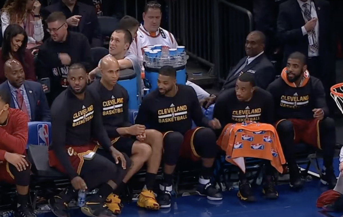LeBron James And Kyrie Irving Flipped A Watter Bottle During Blow-Out Win Against New York Knicks