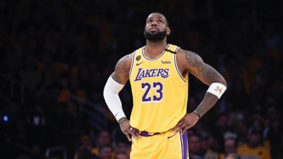 """LeBron James Seemingly Calls Out Players Who Practice Things They Won't Use In Games: """"Annoys Me A Tad"""""""