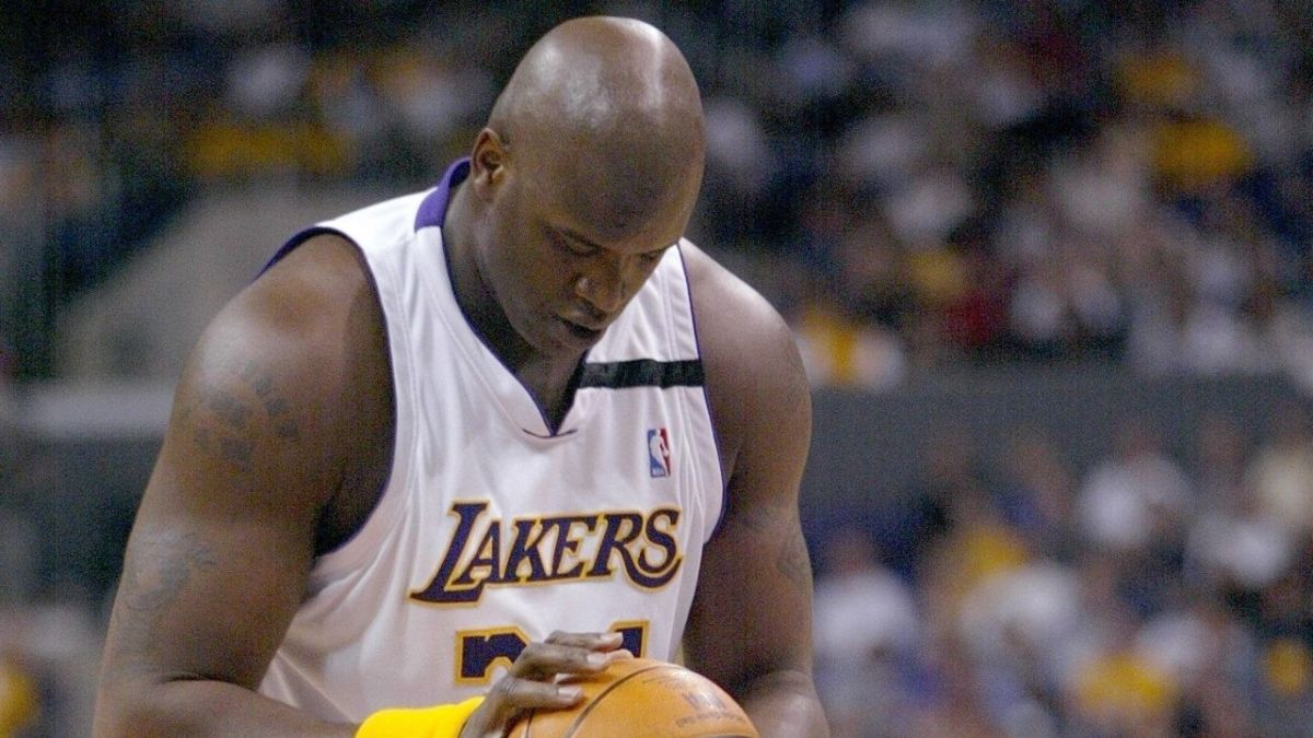 """Shaquille O'Neal On His Free-Throw Shooting: """"Me Shooting 40 Percent At The Foul Line Is Just God's Way Of Saying That Nobody's Perfect. If I Shot 90 Percent From The Line, It Just Wouldn't Be Right."""""""