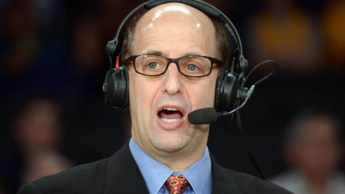 """When Jeff Van Gundy Asked, """"What Does Second Cousin Mean?"""" During A Live NBA Game"""