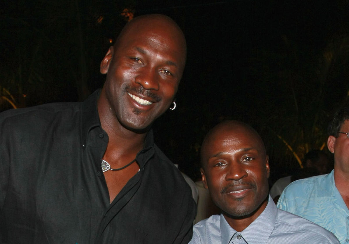 """Michael Jordan Believes His Brother Would Have Been Better Than Him If He Was Taller: """"If He Was 6'2, I Would Have Been Known As Larry's Brother."""""""