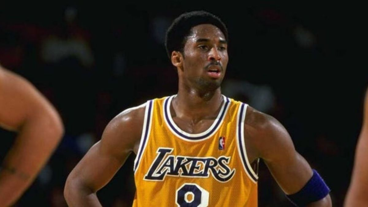 """Jayson Williams On Fighting With Kobe Bryant In A Lift: """"Michael Jordan Was Arrogant, But With A Smile. Kobe Was Just A D***. I Didn't Appreciate It."""""""